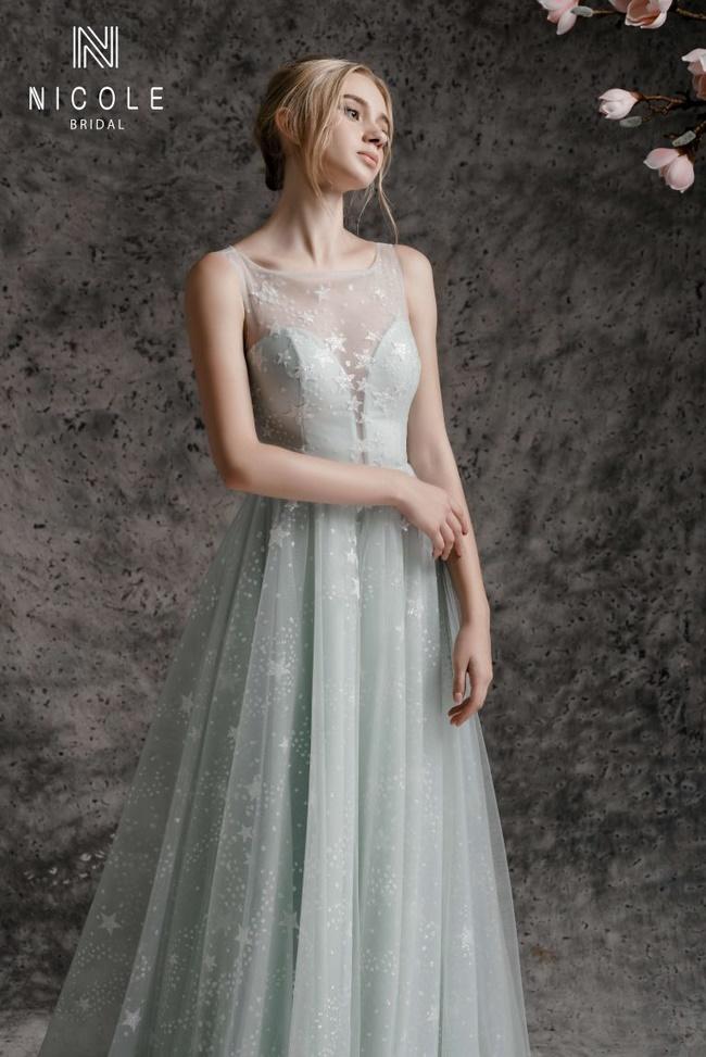 Top 10 Cửa hàng váy cưới ở Hồ Văn Huê TPHCM.Mùa cưới đã đến, các cặp đôi ráo riết kéo nhau tới tiệm áo cưới đường Hồ Văn Huê tìm cho mình bộ trang phục xinh đẹp, lộng lẫy nhất cho ngày trọng đại.http://Top 10 Cửa hàng váy cưới ở Hồ Văn Huê TPHCM